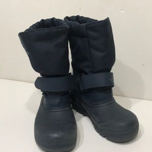 TUNDRA QUEBEC BOOTS size 11